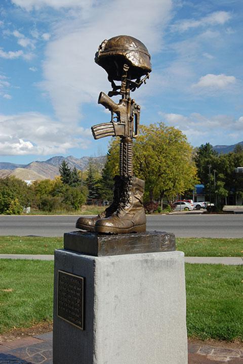 Smithfield-Veterans-Memorial-Battlefield-Cross
